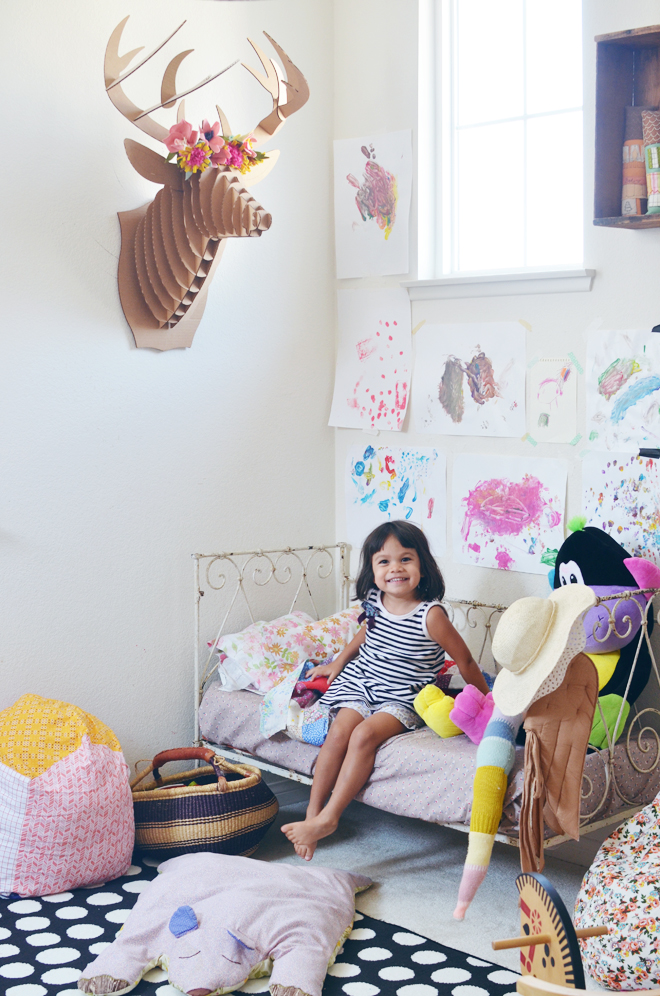 A Colorful And Playful Shared Room Cakies